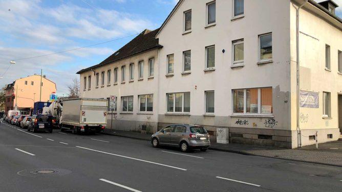 Blick auf Gebäude am Übergang von Wehringhauser und Berliner Straße.