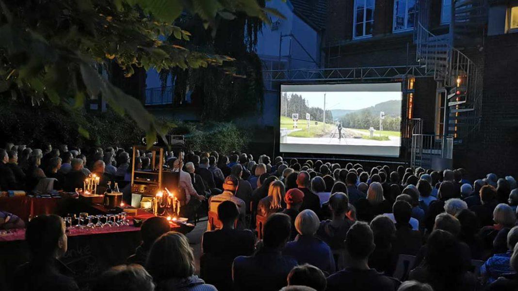 Open-Air-Kino im Pelmke-Hof